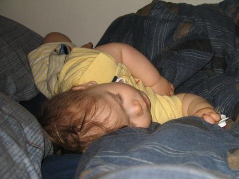 Sleeps like Mommy